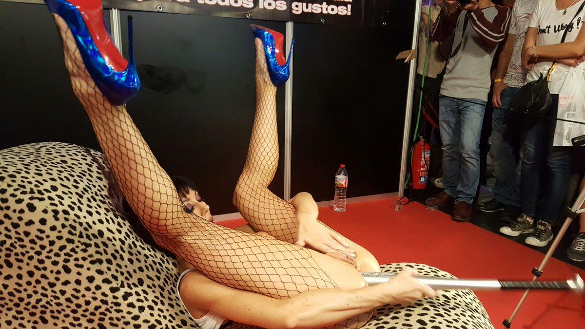 Cam4 Spain recap of salon erotico barcelona 2016 from cam4 spain