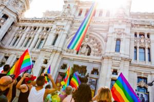 Luce al 100 % palmito para el Gay Pride 2017