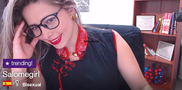 SalomeGirl, la camgirl más caliente de la oficina!